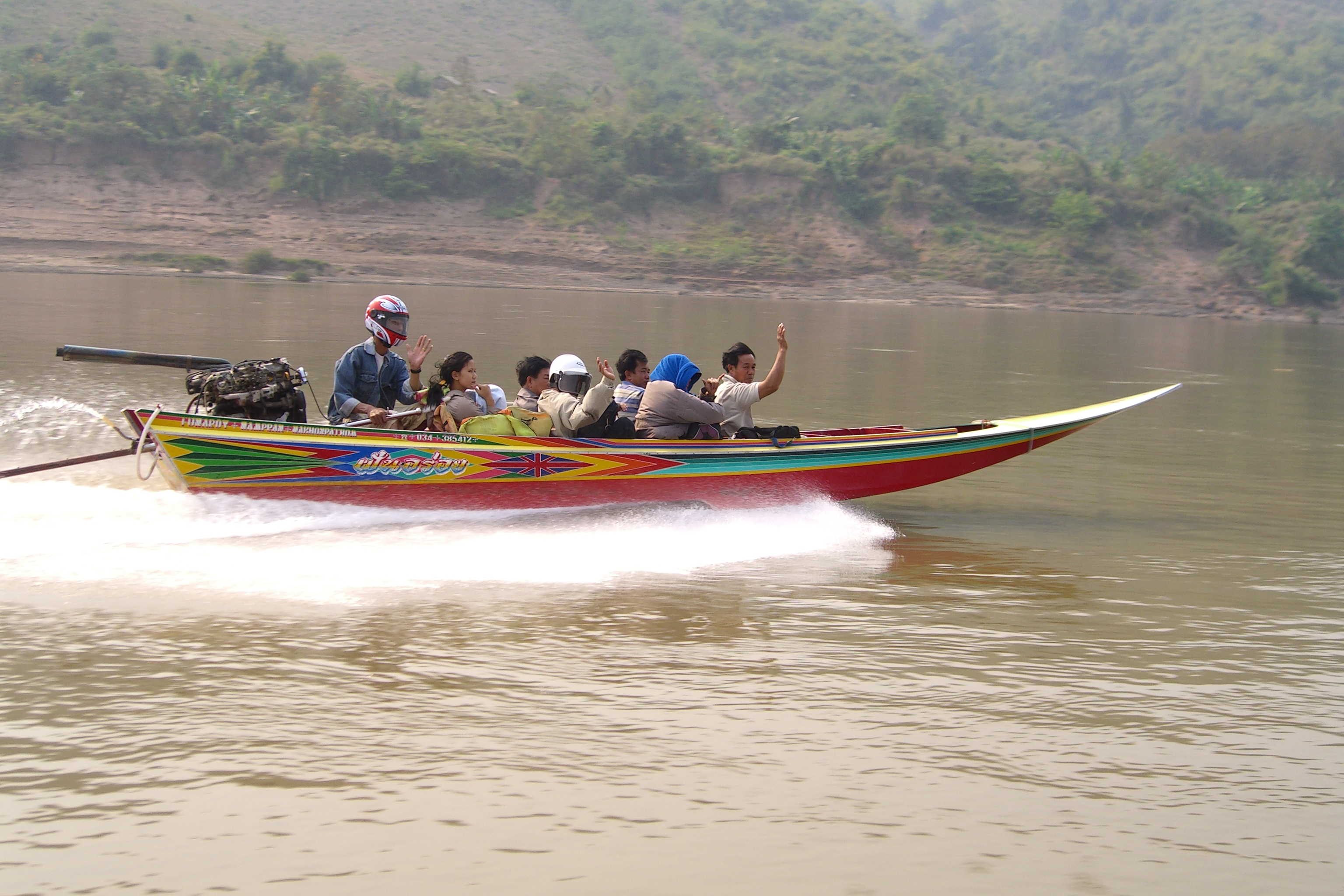 Fast Boat Huay Xai to Luang Prabang